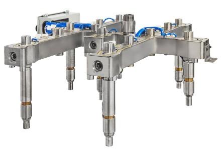 Non-valved gated manifolds